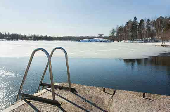 Dock De-icers / Bubblers